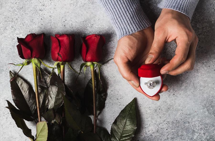 Shopping Tips for Engagement Rings